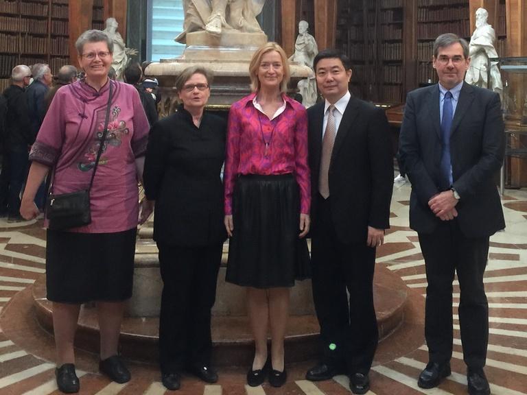 陳副執行長純一赴奧地利拜會維也納大學並赴國家圖書館參訪.JPG