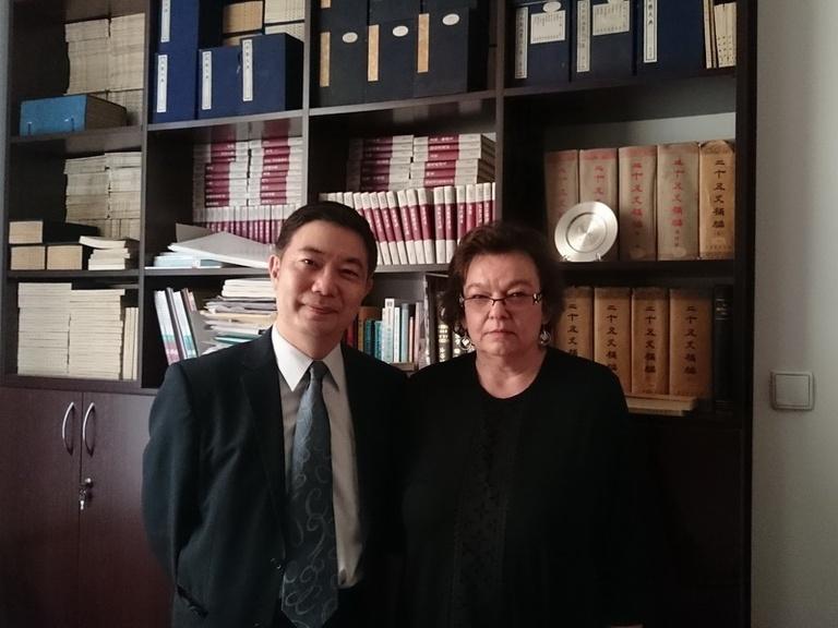 陳副執行長拜會波蘭華沙大學東方學院漢學系Religa主任